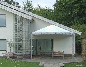 Trilite Gazebo covered + house1
